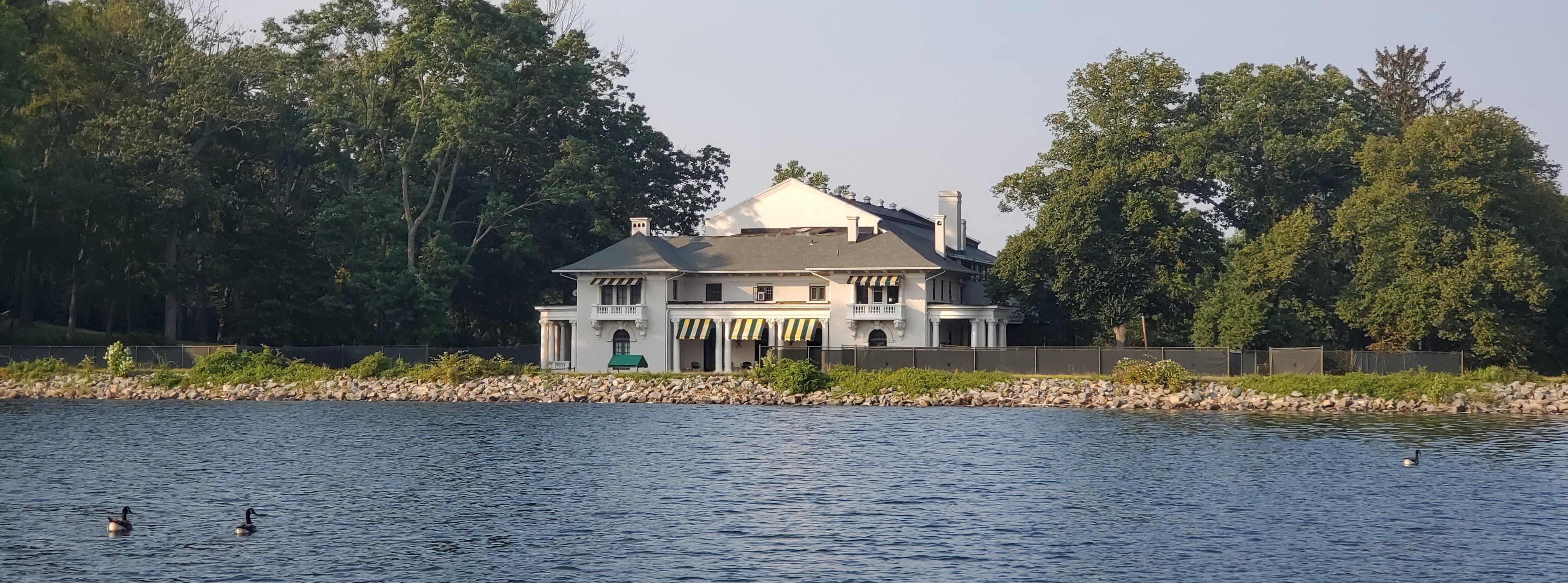 The Tuxedo Club Tennis House