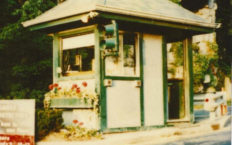 Tuxedo Park Traffic Booth Circa 1979